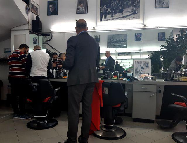 Les éventements d'Algérie sont au coeur de toutes les conversations du salon de coiffure du cours Belsunce