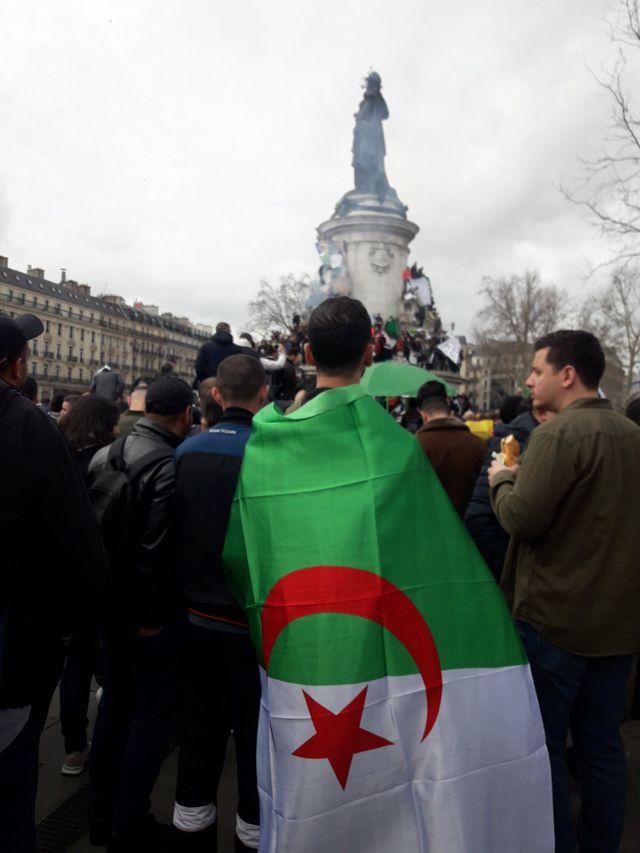 Manifestation contre le 5e mandat de Bouteflika, place de la République, Paris, mars 2019.