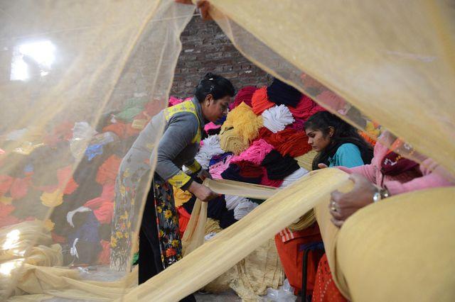 Atelier de tissage en Inde