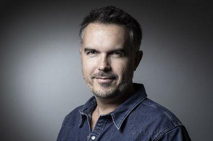 Maxime Chattam, écrivain français de romans policiers.