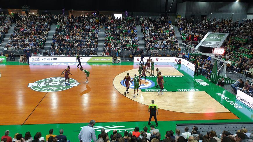 Match joué dans la salle du Jeu de Paume à Blois