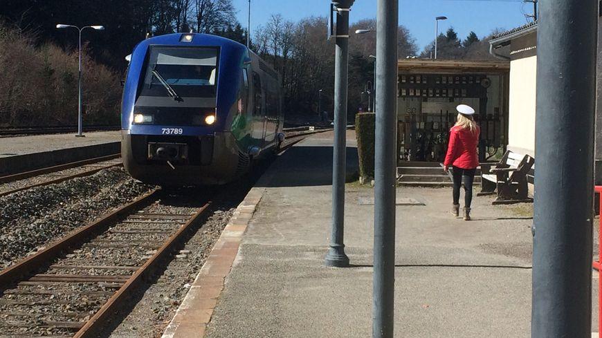 Combien de temps un train s'arrêtera encore en gare de Meymac ?