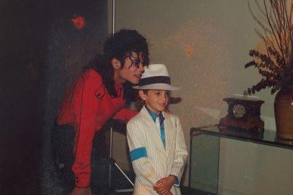 Wade a gagné un concours de danse à l'âge de 5 ans et gagné le droit de monter sur scène avec son idole.