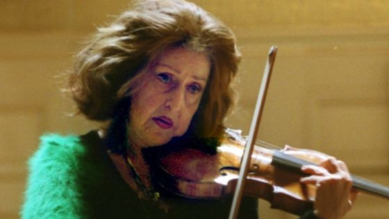 La violoniste Ida Haendel au Boston Symphony Hall par David L Ryan/The Boston Globe