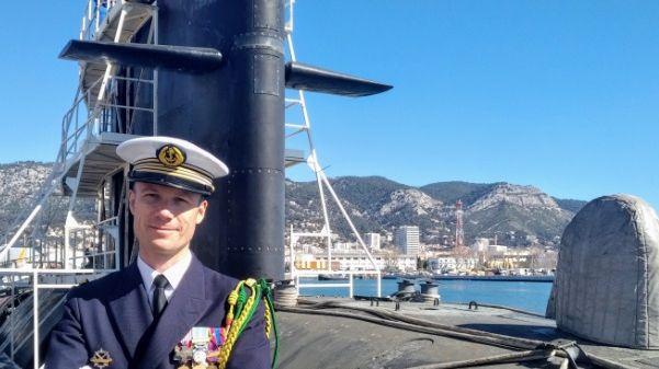 """Le tourangeau Antoine Delavau prend le commandement du sous-marin SNA """"Rubis"""""""