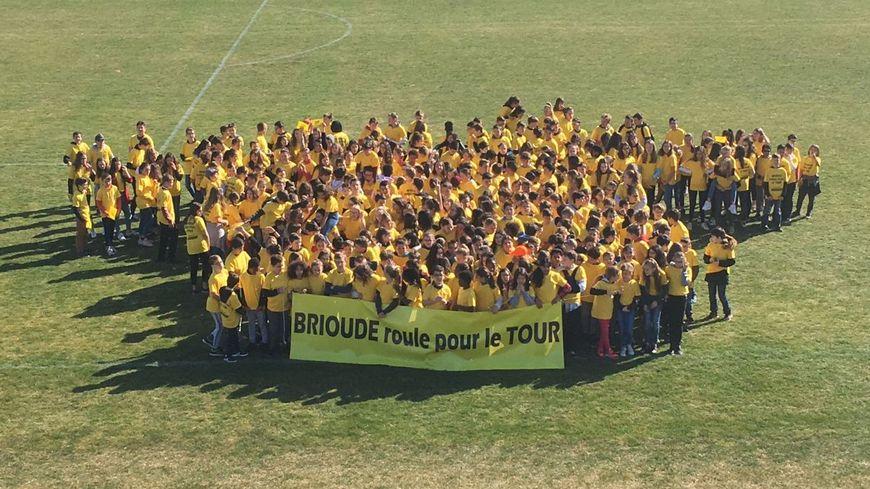 400 élèves de Brioude ont planché vendredi dernier sur la dictée du Tour.