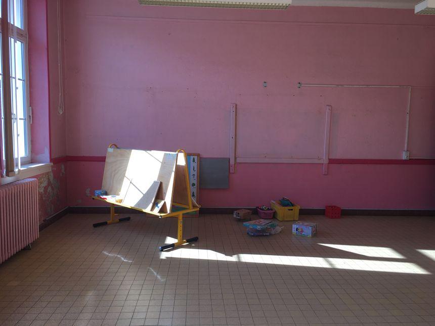 Quelques vestiges de l'école sont toujours dans l'établissement scolaire.