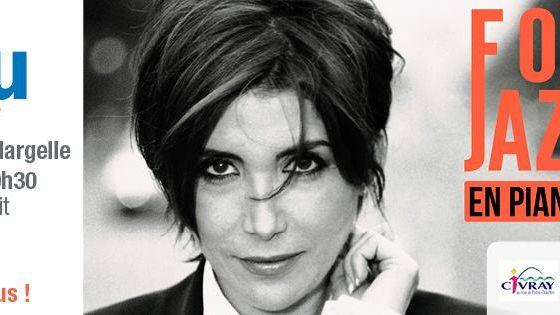 Liane Foly était sur la scène de la Margelle à Civray jeudi soir, pour le dernier concert de sHeures Bleu de la Vienne.