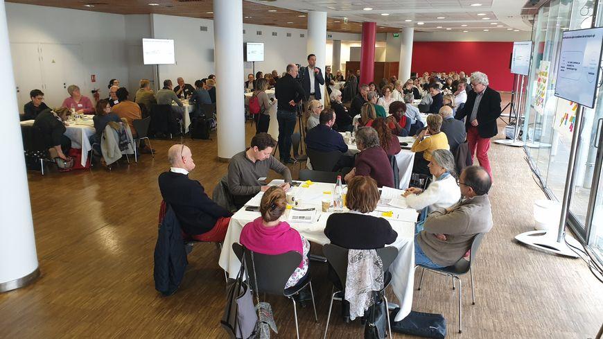 La conférence citoyenne régionale du Centre-Val de Loire se déroulait au siège de la métropole d'Orléans.
