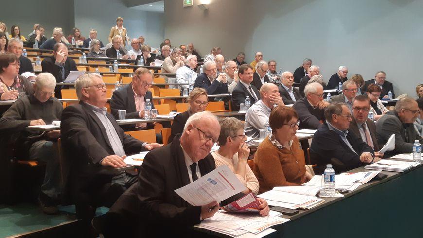 Le conseil d'agglomération de Saint-Lô Agglo du 25 mars 2019 demande à l'ARS de reporter sa décision sur le lieu d'implantation d'un centre de coronarographie dans la Manche.