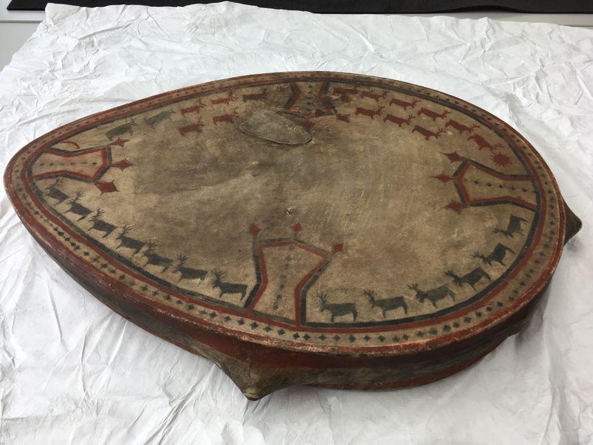Tambour chamanique de Sibérie - Musée du Quai Branly