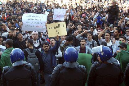 La révolte contre un cinquième mandat du président Abdelaziz Bouteflika