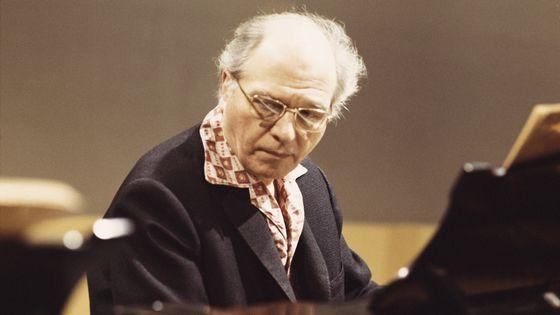 Olivier Messiaen (en 1975)