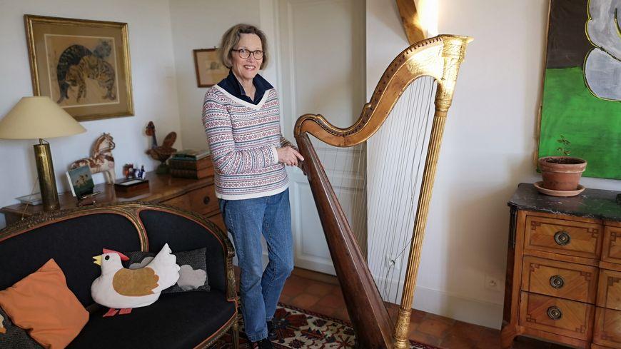 Anne-Marie de Maigret n'a pas su tout de suite l'importance patrimoniale de sa harpe