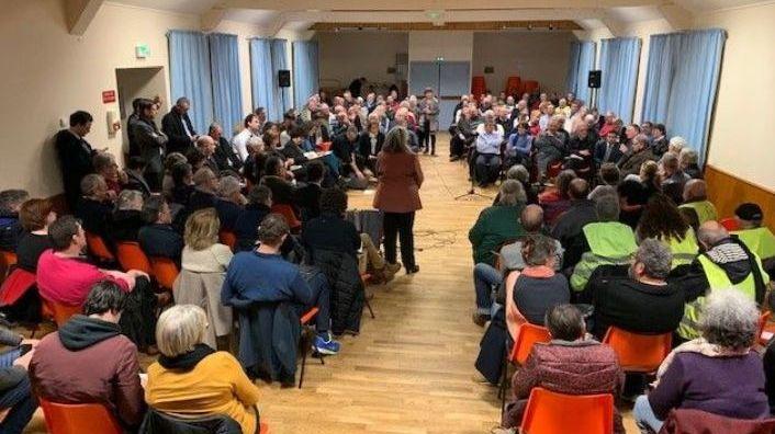 Réunion du grand débat national à Noyant-de-Touraine, le 31 janvier 2019