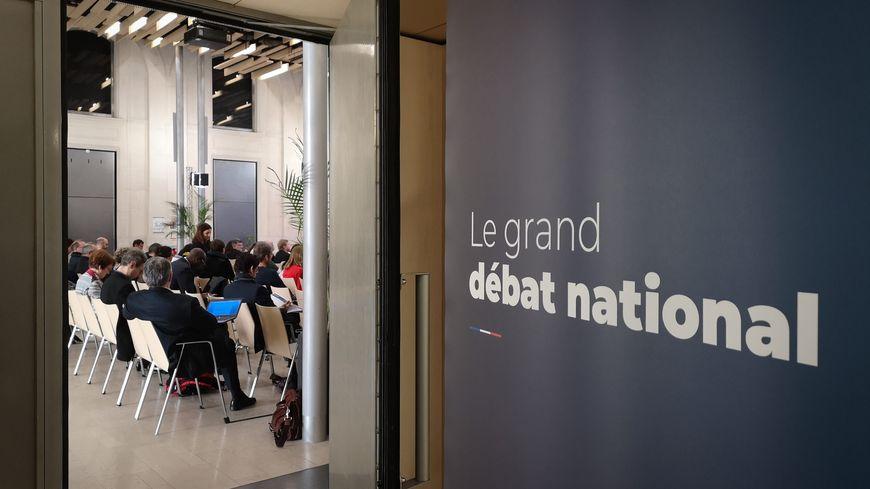 Une réunion du Grand Débat National