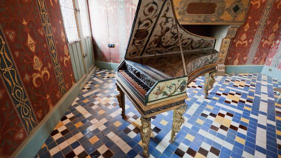 Un clavecin