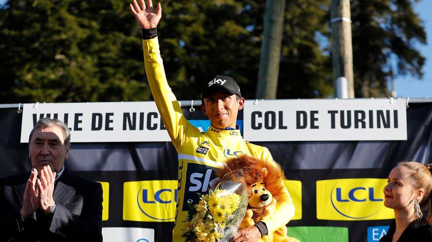 Le colombien Egan Bernal vainqueur et en jaune en haut du Col de Turini