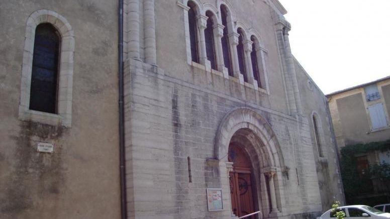 L'église Saint-Louis de Villeneuve-de-Berg est ouverte toute l'année