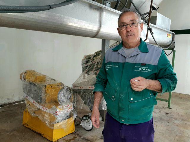 """Manolo, l'un des ouvriers de l'exploitation collective """"El Humuso"""". Il est là """"depuis le début"""" de l'aventure."""