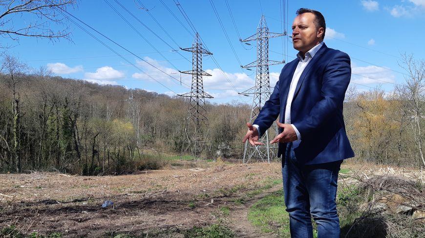 """Francisque Virgouroux, maire d'Igny (91) dénonce un """"massacre environnemental"""""""