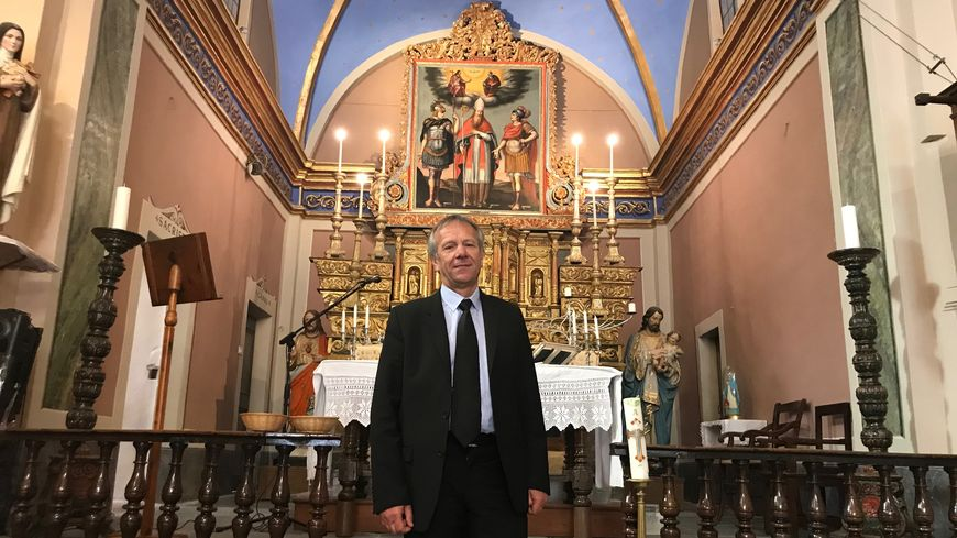 Gérard Steppel, le maire de Marie, dans son église restaurée