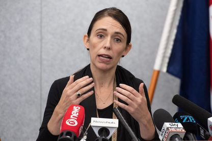 La Première ministre néo-zélandaise, Jacinda Ardern, a demandé des comptes à Facebook sur la diffusion en direct des attentats de Christchurch