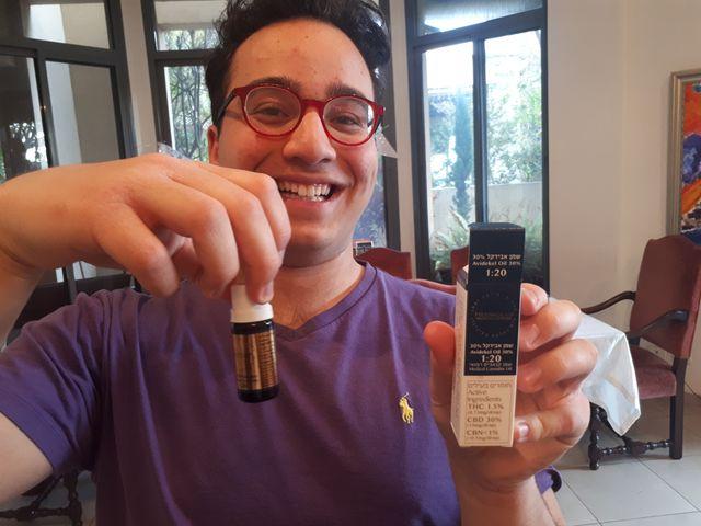 Henry, un adolescent autiste traité avec du cannabis