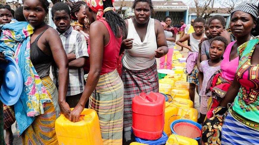 Après les dégâts causés par le cyclone, les populations du Mozambique manquent surtout d'eau potable