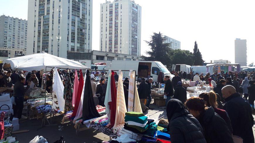 Le marché de la place Debussy a été déplacé début mars.