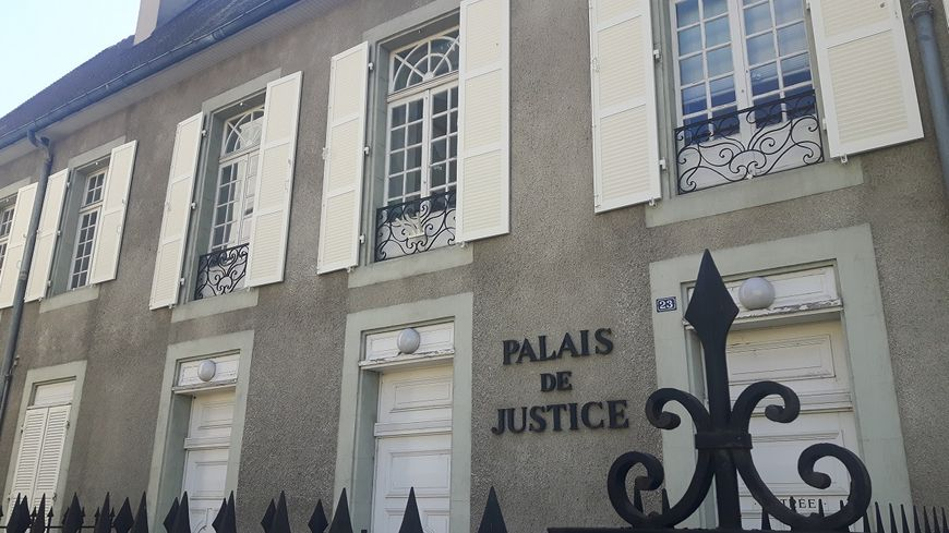 Le palais de justice de Cusset