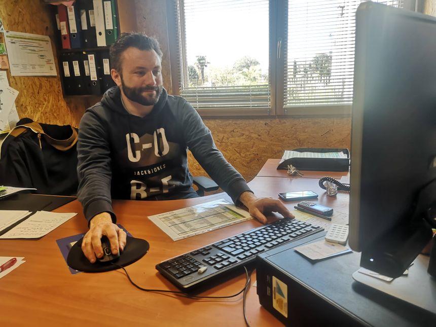 Les résultats collectés, Julien Le Marcis les transmet à l'ATMO via un logiciel.