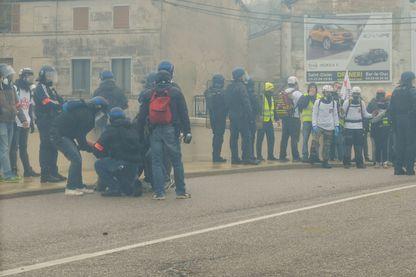 Manifestation Gilets Jaunes avec les street medics de Bar-le-Duc.