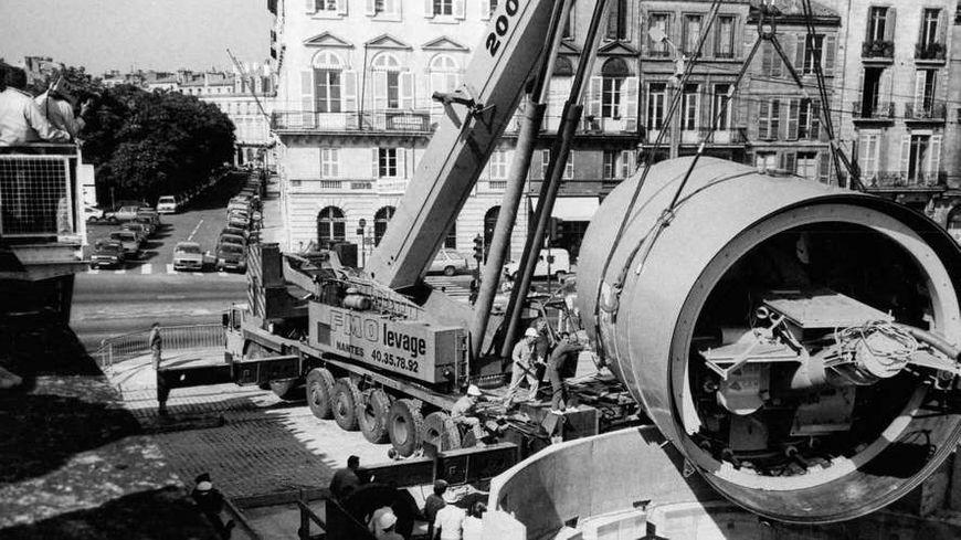 Le tunnelier Belphegor devait creuser le futur métro. Ici, au puits des quais, en 1986.