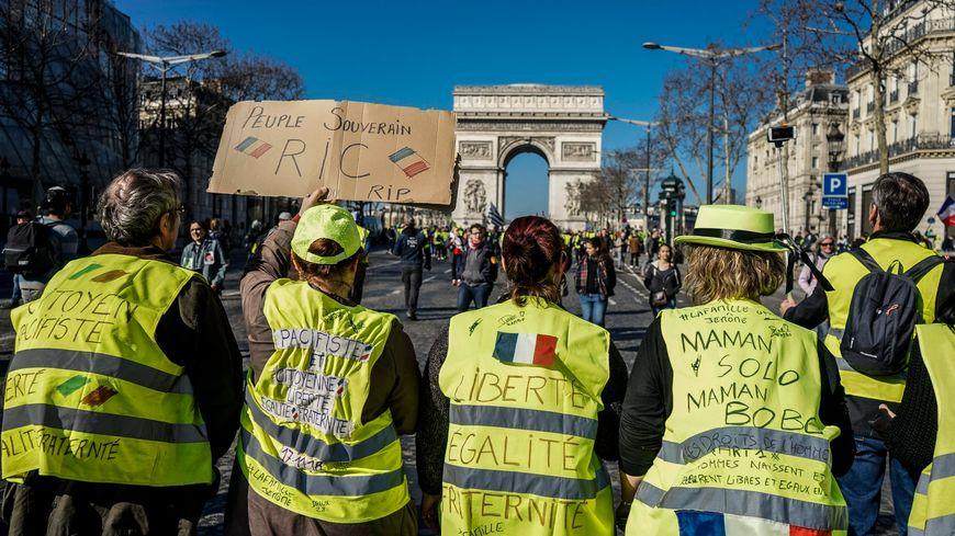 L'acte 15 a rassemblé 5.800 à Paris