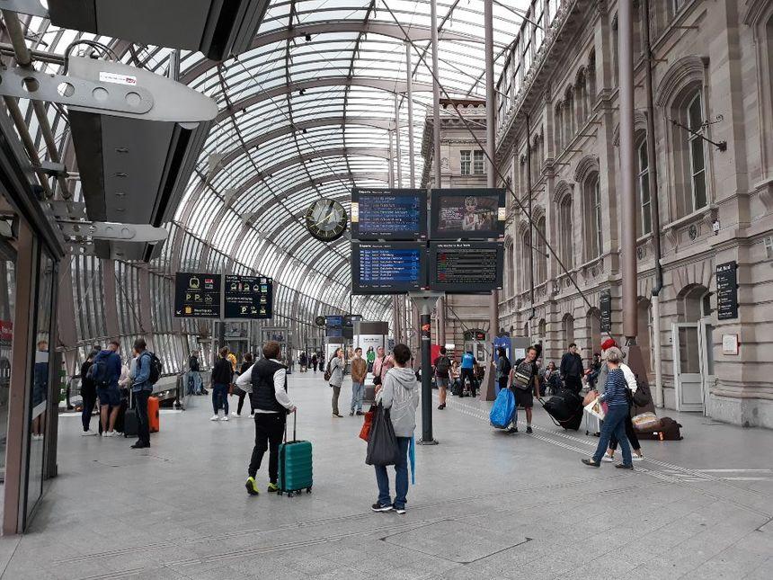 Le hall de la gare de Strasbourg