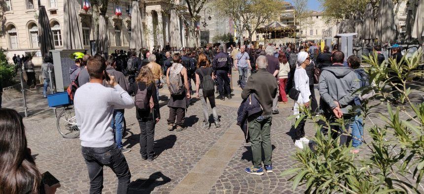 Les manifestants ont réussi à rejoindre le haut de la rue de la République