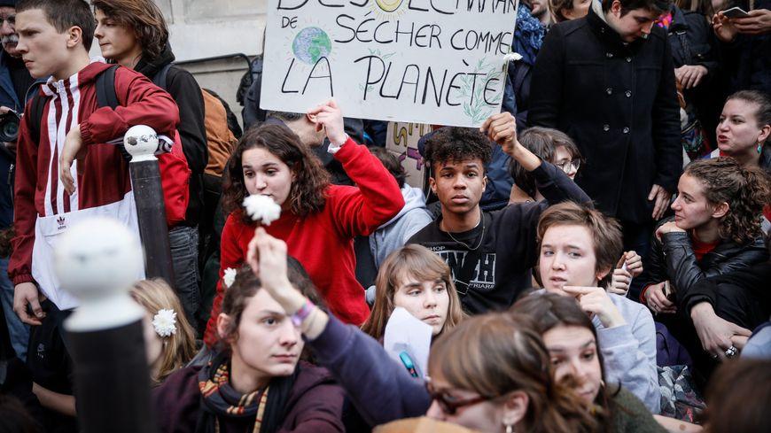 Grève des jeunes pour le climat à Paris le 15 février 2019