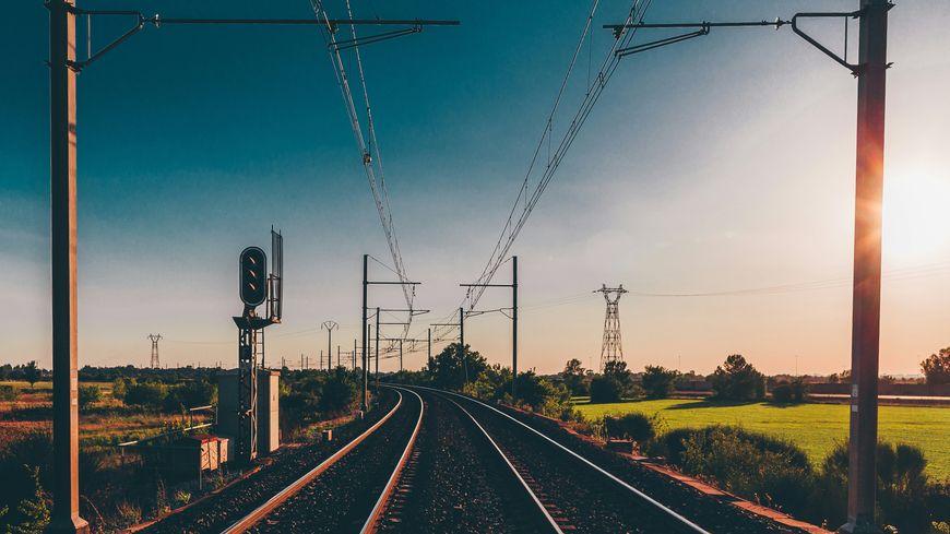 Que s'est-il passé à l'intérieur du Train reliant Hendaye à Paris, ce matin printanier d'avril 1989 ?