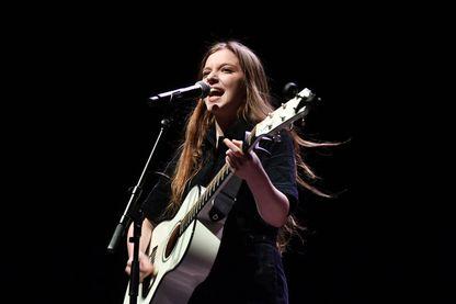 Jade Bird, chanteuse, compositrice et musicienne britannique