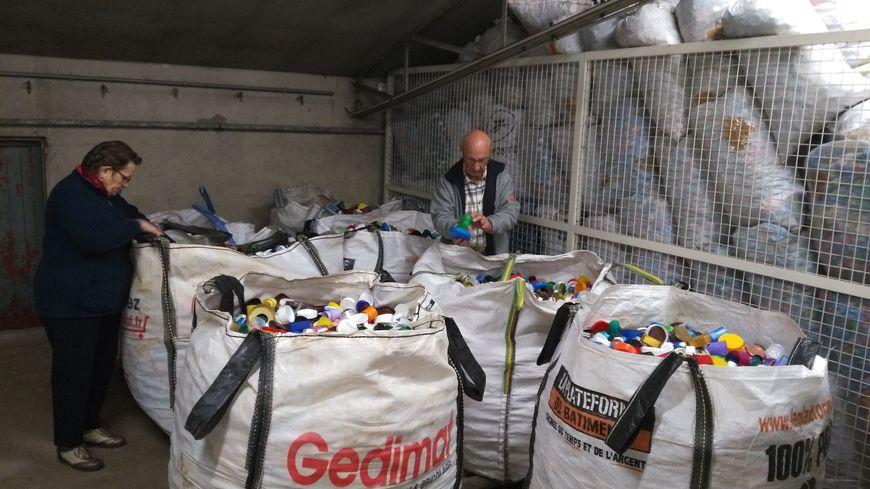 700 kg de bouchons seront récupérés par Véolia.