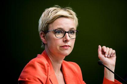 """Clémentine Autain, femme politique, journaliste et auteure de """" Dites-lui que je l'aime"""" aux Editions Grasset"""