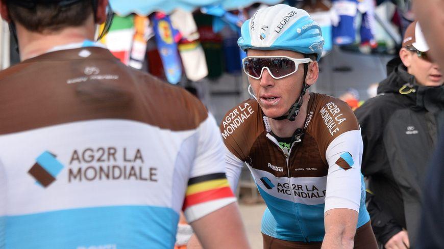 Romain Bardet termine dans le top 5 (ici lors de l'étape Vichy-Pelussin)