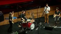 Improvisation du quartet The Sommes Ensemble et du batteur Will Guthrie