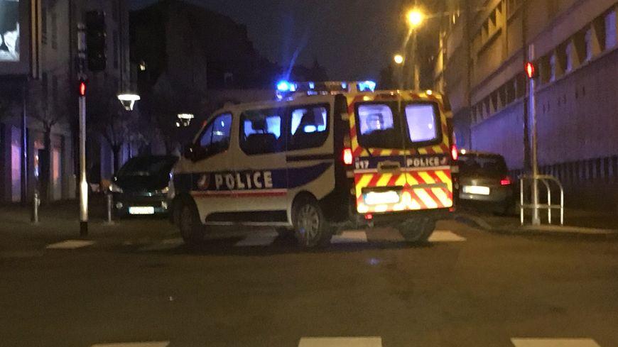 L'incendie s'est déclaré dans un immeuble situé rue Saint André à Clermont-Ferrand