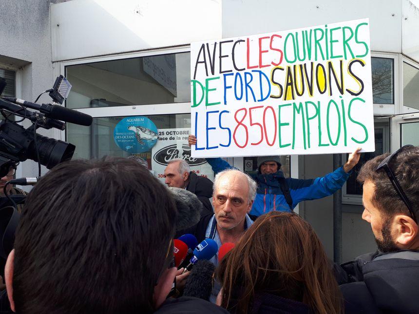 Philippe Poutou délégué CGT de Ford à Blanquefort