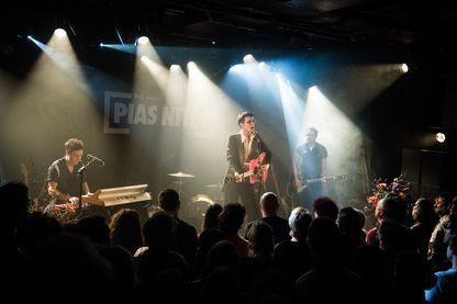 Le trio de rock français Radio Elvis, en concert à La Maroquinerie le 15 novembre 2018.