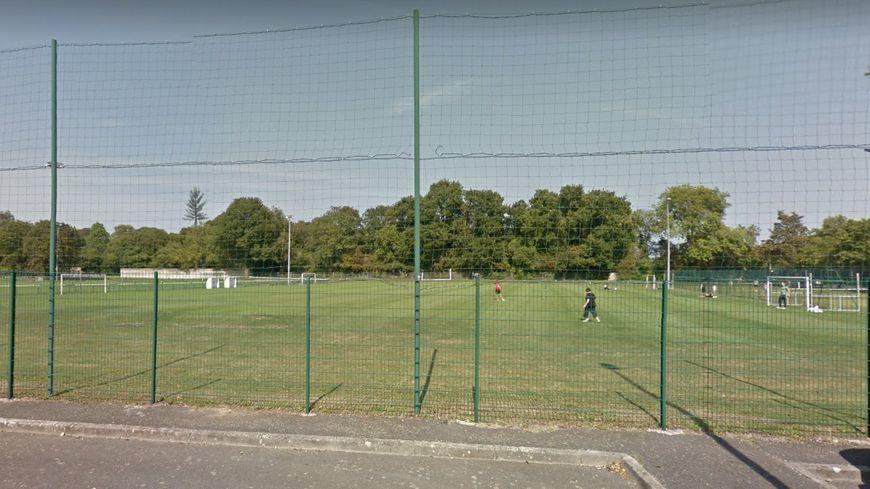 Le Stade la Fossette devrait accueillir la future section féminine du SM Caen