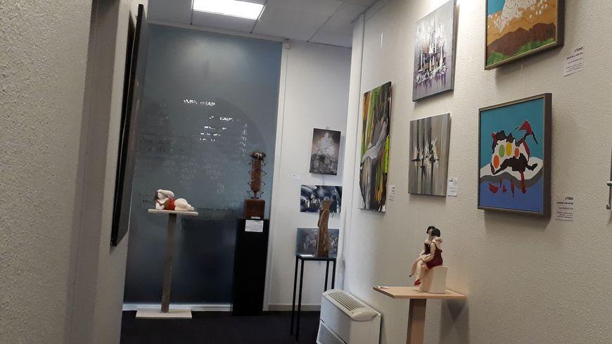 """C'est la boutique """"Le Chapeau de Mél"""" à Montfort-en-Chalosse qui va proposer des oeuvres à la location à partir du 30 mars."""