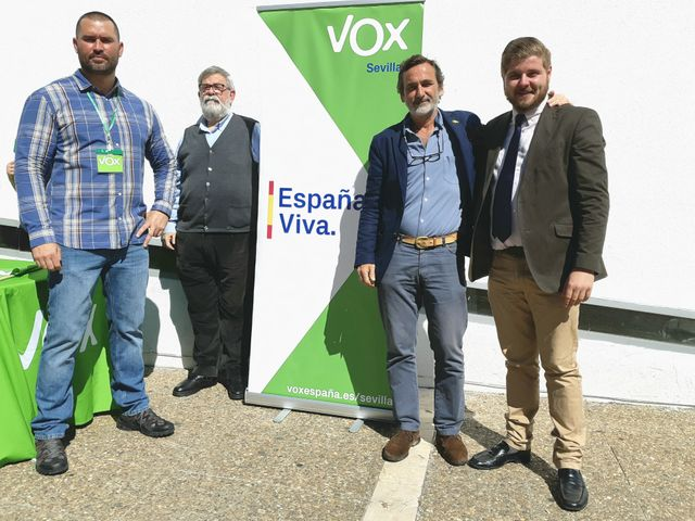 Stand d'information du parti Vox, Camas, Andalousie, le 11 mars 2019